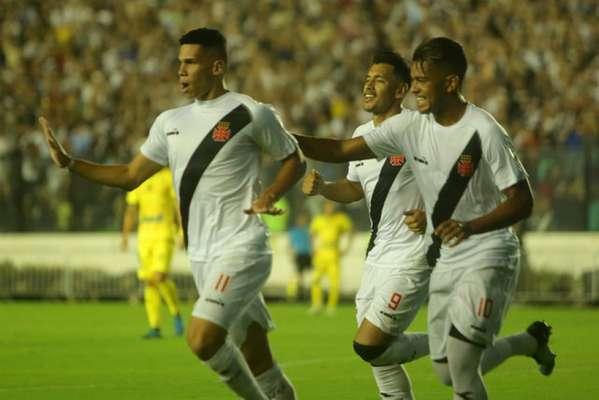 Vasco x Universidad Concepción foi o jogo da segunda fase da Libertadores