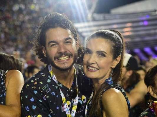 Fátima Bernardes e Túlio Gadêlha curtem viagem a Porto de Galinhas, em Pernambuco, em 11 de março de 2018
