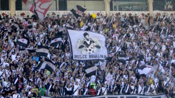 O Vasco estreia na fase de grupos da Libertadores nesta terça-feira, diante da Universidad (CHI). Um dos grandes trunfos do Cruz-Maltino é São Januário, onde a equipe tem um retrospecto excelente jogando a competição. Ao todo, foram 28 jogos, com 19 vitórias, seis empates e três derrotas. O aproveitamento é de 75%.