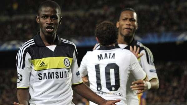 Veja imagens de Ramires pelo Chelsea