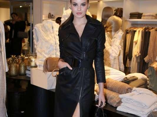Camila Queiroz se reune com famosas para prestigiar o lançamento da nova coleção da marca Le Lis Blanc, em São Paulo, na noite desta quinta-feira, 15 de março de 2018