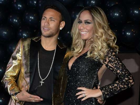 Rafaella Santos, irmã de Neymar, terá festão de aniversário na próxima segunda-feira, 19 de março de 2018