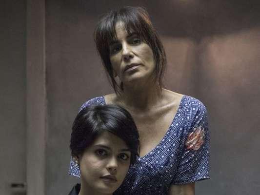 Beth (Gloria Pires) chantageia médicos para doar rim para a filha Adriana (Julia Dalavia) nos próximos capítulos da novela 'O Outro Lado do Paraíso': 'Dou minha vida'
