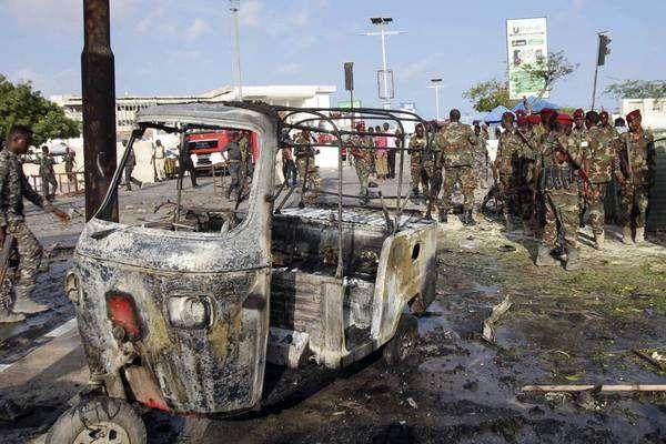 Atentado com carro-bomba deixa 4 mortos na Somália