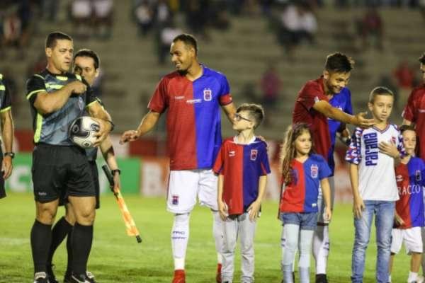 Paraná retorna a Série A sob o comando de Rogério Micale: veja ano a ano a campanha nos pontos corridos