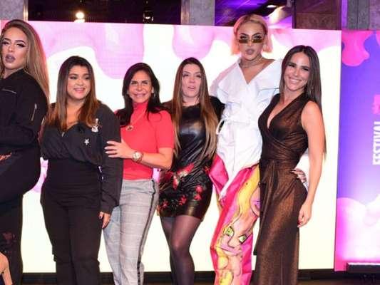 Preta Gil e Wanessa lançam festival e brincam sobre looks nesta segunda-feira, dia 16 de março de 2018