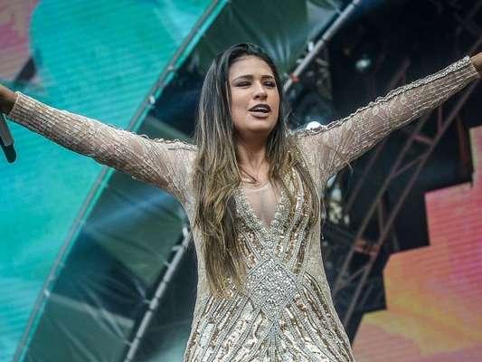 Simone pondera sobre shows sem irmã, Simaria, de repouso, em entrevista ao 'Diário do Nordeste' neste domingo, dia 22 de abril de 2018