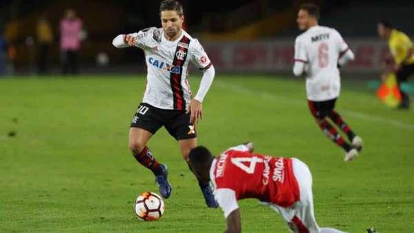 Flamengo empatou fora de casa com o Santa Fe e segue líder do grupo. Veja uma galeria de imagens do confronto