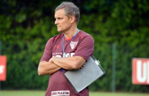 Diego Aguirre usou 27 jogadores em 10 partidas no São Paulo