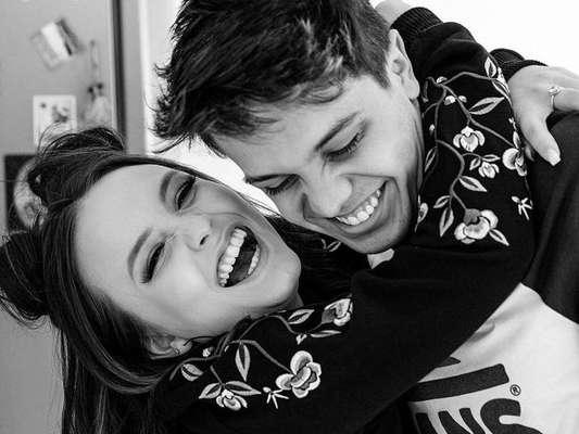 Larissa Manoela celebrou aniversário de namoro com Leo Cidade na segunda-feira, 14 de maio de 2018