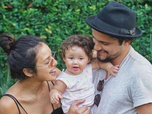 Yanna Lavigne é mãe de Madalena, fruto de seu relacionamento com Bruno Gissoni
