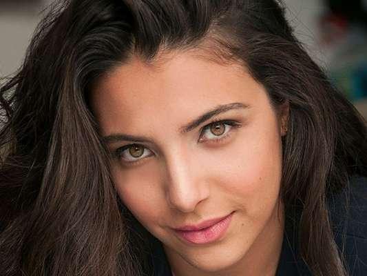 Raysa Bratillieri, a Pérola de 'Malhação: Vidas Brasileiras', já superou bulimia, revelou ao Purepeople: 'Aos 16, 17 anos quando era modelo no Paraná. Comecei a entrar em uma noia e não parava de comer. Comia compulsivamente e vomitava'
