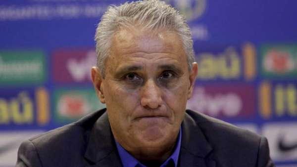 Tite é o técnico da Seleção Brasileira. Confira a seguir outras imagens na galeria especial do LANCE!