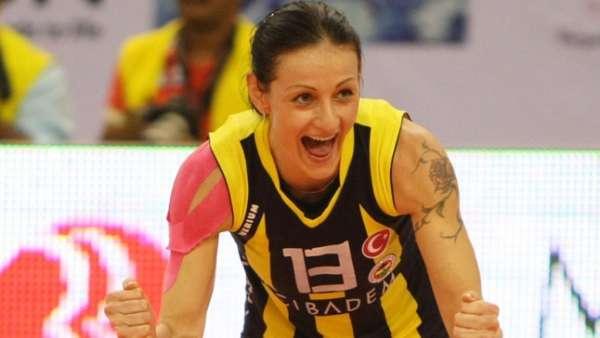 Natasa Leto (também conhecida por Nataša Osmokrović) jogou no Vasco na temporada 2000/2001. Veja galeria LANCE!