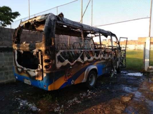 Ônibus do Clube Atlético Diadema foi incendiado no último dia 29 de abril