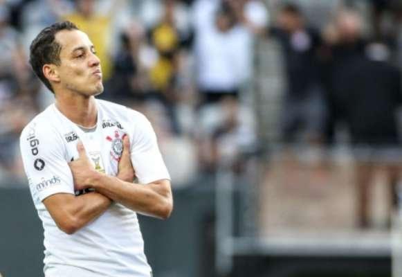 Rodriguinho comemora gol pelo Corinthians