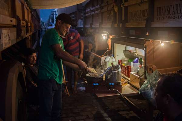 Greve Caminhoneiros - Caminhoneiros enfrentaram grandes filas nas proximidades do Porto de Santos