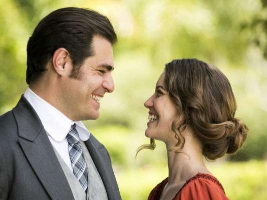 Na novela 'Orgulho e Paixão', Elisabeta (Nathalia Dill) pede Darcy (Thiago Lacerda) em casamento no capítulo que vai ao ar na segunda-feira, 11 de junho de 2018