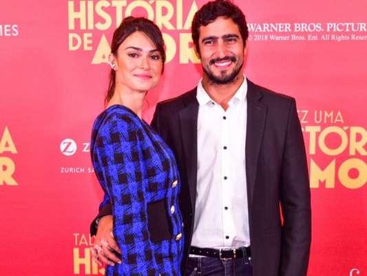Thaila Ayala foi prestigiada por Renato Góes ao lançar o filme 'Talvez Uma História de Amor', no shopping Iguatemi, em São Paulo, nesta segunda-feira, 4 de junho de 2018