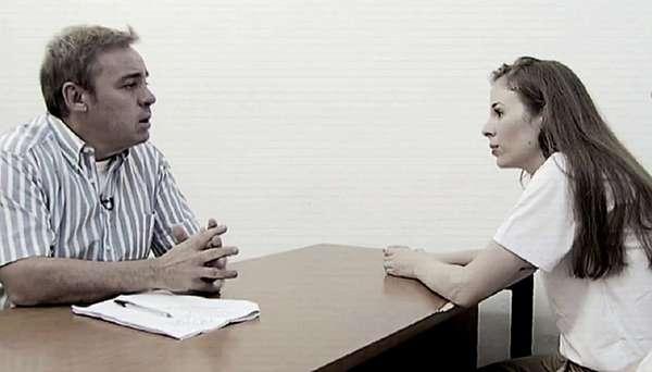 Suzane von Richthofen - Suzane foi entrevistada pelo apresentador Gugu Liberato