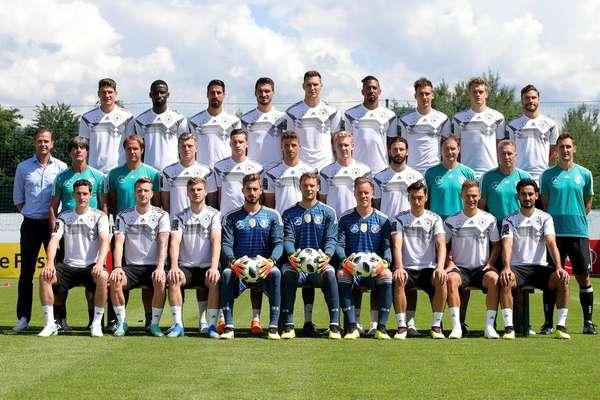 Seleção alemã - Os atuais campeões do mundo também já fizeram a fotografia oficial
