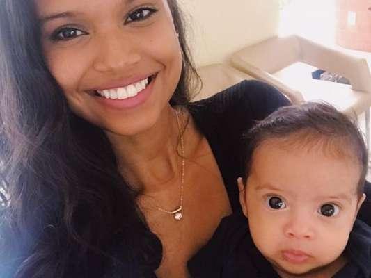 Aline Dias contou como concilia cuidados com filho, Bernardo, e gravação da novela 'O Tempo Não Para'