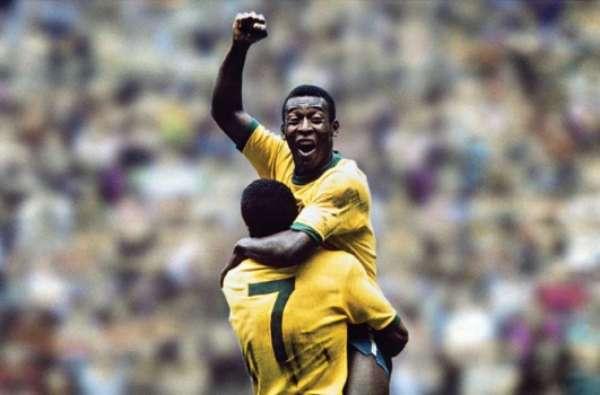 Pelé fez dois gols na final de 58 e um na de 1970
