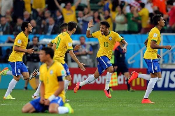 A Seleção Brasileira estreia na Copa do Mundo no próximo domingo, contra a Suíça, às 15 horas. Ao todo foram 20 participações no torneio, com 15 vitórias na partida de abertura do Mundial, dois empates e três derrotas. Confira a seguir os confrontos e resultados desses jogos