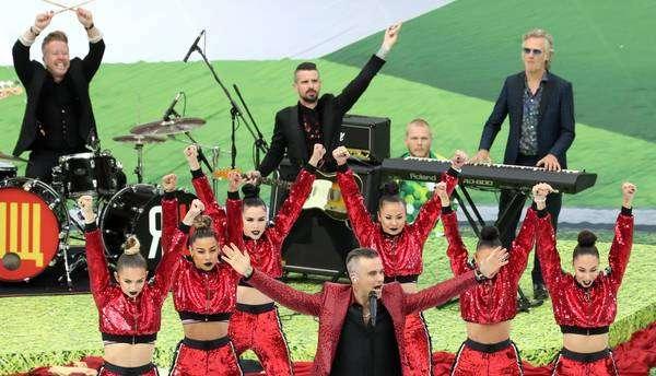 Robbie Williams e Aida Garifullina abrem Copa da Rússia