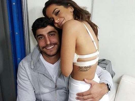 Anitta afastou os rumores de separação do marido, Thiago Magalhães, nesta segunda-feira, 18 de junho de 2018, em seu Instagram. Veja abaixo!