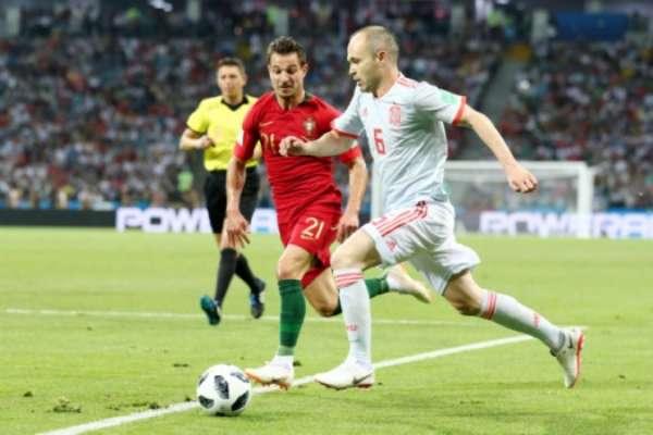 Iniesta foi bem marcado contra Portugal e situação deve se repetir contra Irã