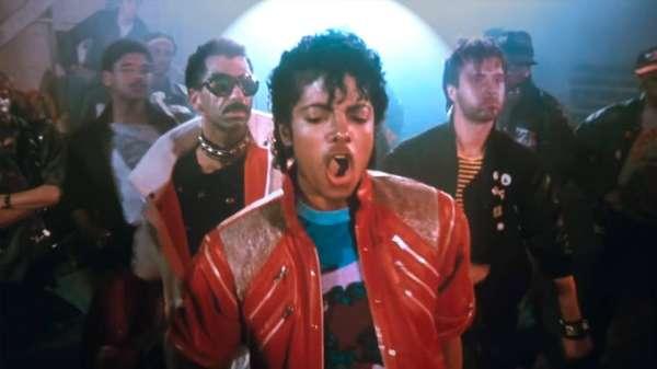 'Beat It' - O vídeo de Beat It, que custou US$ 150 mil (cerca de R$ 313 mil), foi dirigido por Bob Giraldi. O tema da briga entre gangues rivais - presente no vídeo - retornou em um longa-metragem dirigido por Giraldi em 2000, Uma Receita para a Máfia.