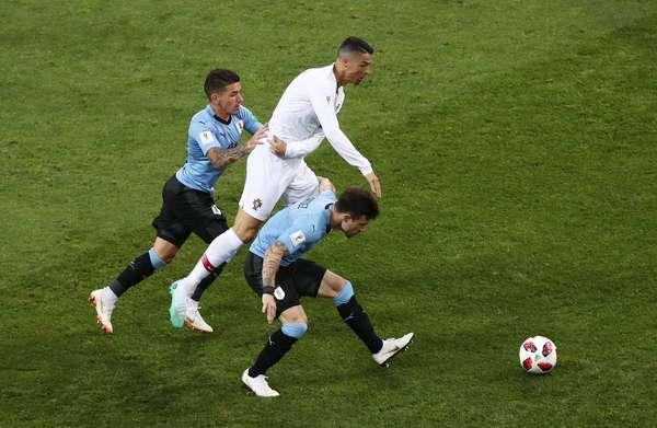 Marcação firme em Cristiano Ronaldo