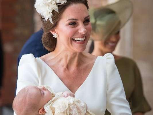 Filho de Kate Middleton e príncipe William, Louis, de 11 semanas, foi batizado nesta segunda-feira, dia 9 de julho de 2018, na Capela Real do Palácio de St. James, em Londres, na Inglaterra