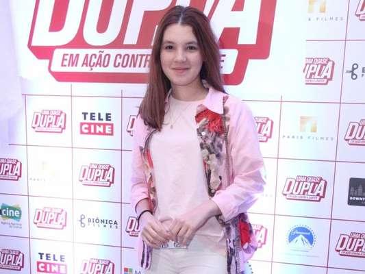 Jeniffer Oliveira orientou mulheres após denunciar o ex-namorado Douglas Sampaio nesta segunda-feira, 9 de julho de 2018