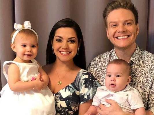 Em entrevista para o Purepeople, Michel Teló revela ter freado a carreira musical após ser pai