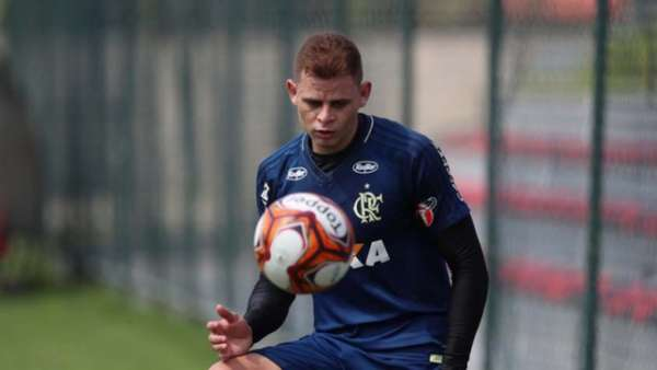Imagens de Jonas pelo Flamengo