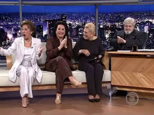 Hebe Camargo, Nair Belo e Lolita Rodrigues - Em abril de 2000, já no 'Programa do Jô', Hebe voltou a se encontrar com Jô em bate-papo marcante ao lado de suas amigas Nair Belo e Lolita Rodrigues. Amigas de longa data, as três se divertiram a beça
