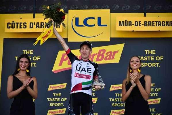 O irlandês Dan Martin, da UAE, venceu nesta quinta-feira sua segunda etapa da Volta da França na carreira, a primeira nesta edição. Ele fez uma arrancada na reta final e completou o percurso entre Brest e Mûr-de-Bretagne, de 181 km, em 4h13m43s, com média de 42,8 km/h. O ciclista já havia faturado um triunfo em Bagnères-de-Bigorre, em 2013.