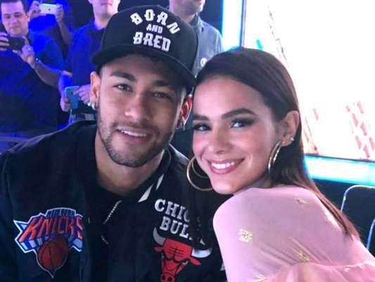 Neymar se declara nos 23 anos da namorada, Bruna Marquezine: 'Amo você'