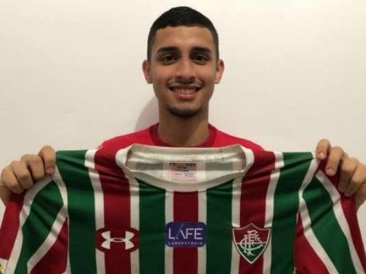 Daniel Simões foi revelado pelo Fluminense e estava emprestado ao Oeste (SP)