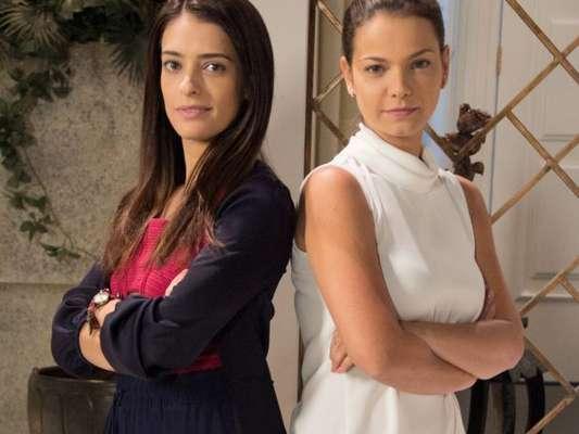 Débora (Lisandra Cortez) deixa Luísa (Milena Toscano) irritada ao contar que vai engravidar de Marcelo (Murilo Cezar) no capítulo que vai ao ar na próxima terça-feira, dia 14 de agosto de 2018, na novela 'As Aventuras de Poliana'