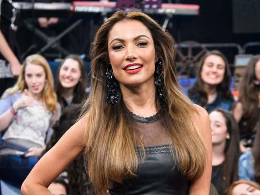 Patricia Poeta aceita crítica de fã sobre look Mix n' Match