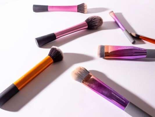 Saiba quais pincéis são mais adequados para passar blush!