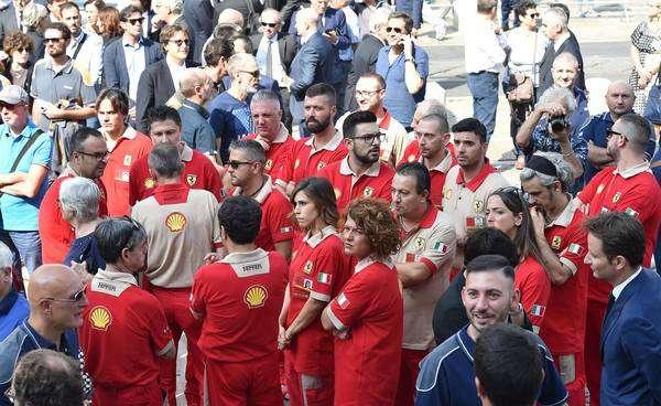 Sergio Marchionne, da FCA, recebe homenagem póstuma em Turim
