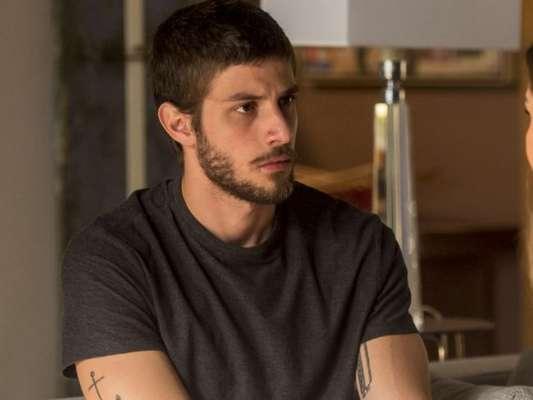 Em 'Segundo Sol', Ícaro (Chay Suede) vai descobrir que é irmão de Valentim (Danilo Mesquita)