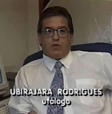E.T. de Varginha - Duas décadas após o ocorrido, Ubirajara Rodrigues, um dos ufólogos mais envolvidos a desvendar os acontecimentos da cidade de Varginha, voltou atrás em sua posição e hoje não defende que tenha havido, de fato, um contato extraterrestre na ocasião