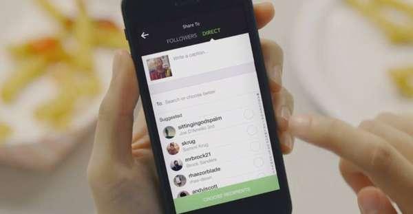 Direct - O Instagram lançou em 2013 um recurso chamado de Direct, que permite que usuários troquem imagens e vídeos de forma privada, em uma espécie de chat entre duas pessoas ou então em um grupo de até 15 pessoas.
