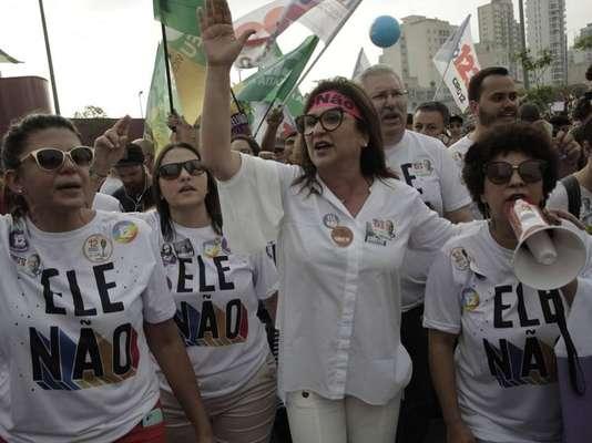 São Paulo - Em São Paulo, o ato contra Bolsonaro contou com a participação da candidata a vice-presidente na chapa de Ciro Gomes (PDT), Kátia Abreu (PDT).