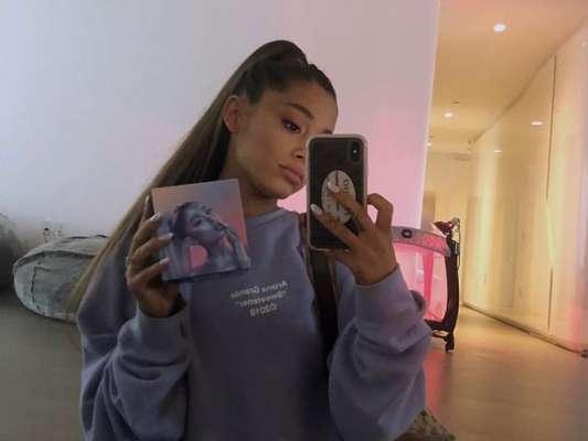 Após um tempo afastada da mídia, Ariana Grande divulga trecho de sua nova música